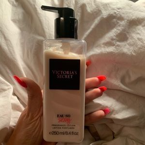 VICTORIAS SECRET EAU SO SEXY FRAGRANCE LOTION